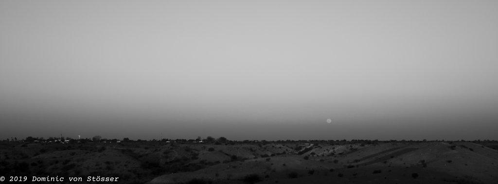 Moonrise, Earth Shadow. Leonardville.